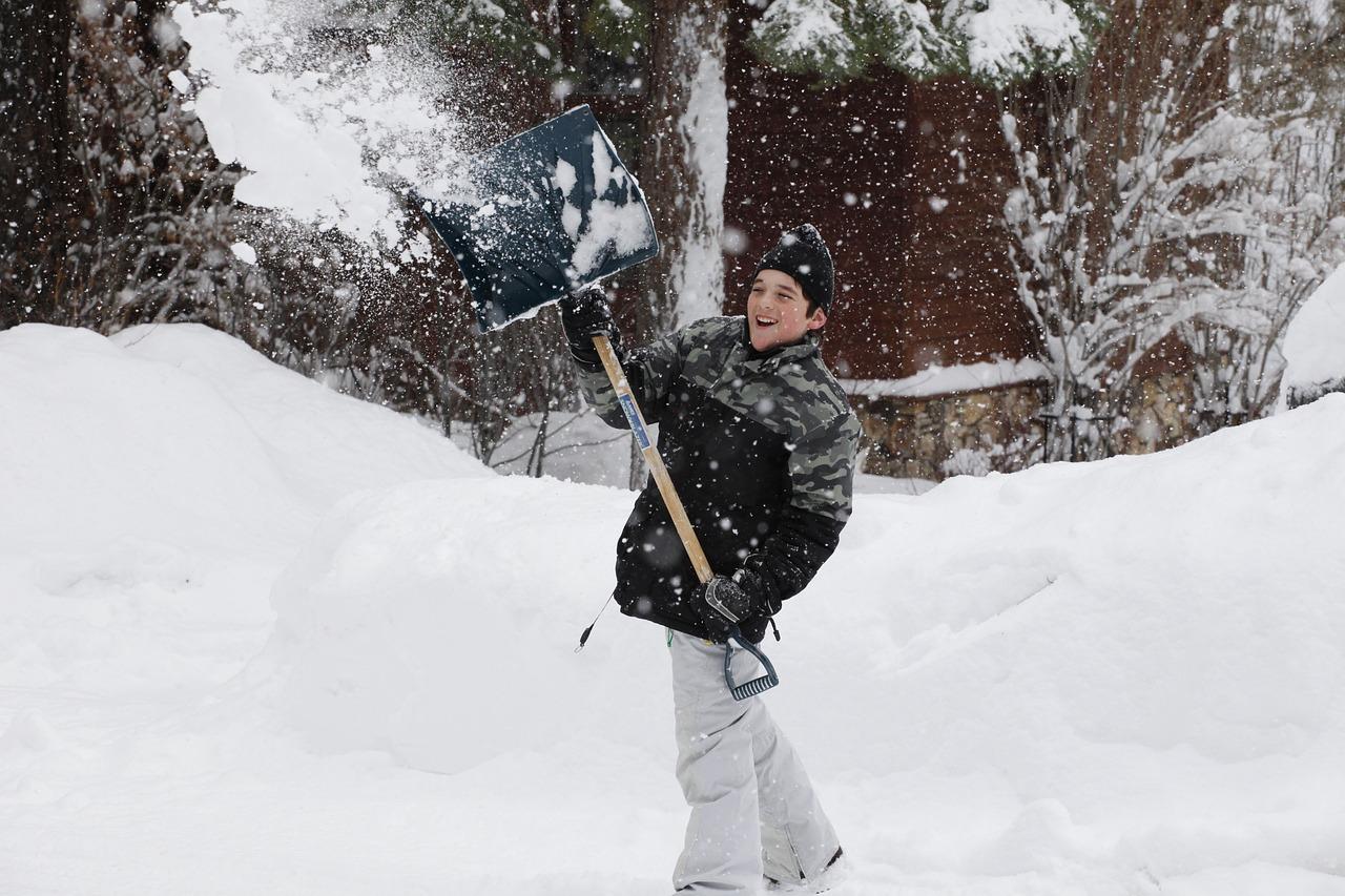 snow-2223187_1280