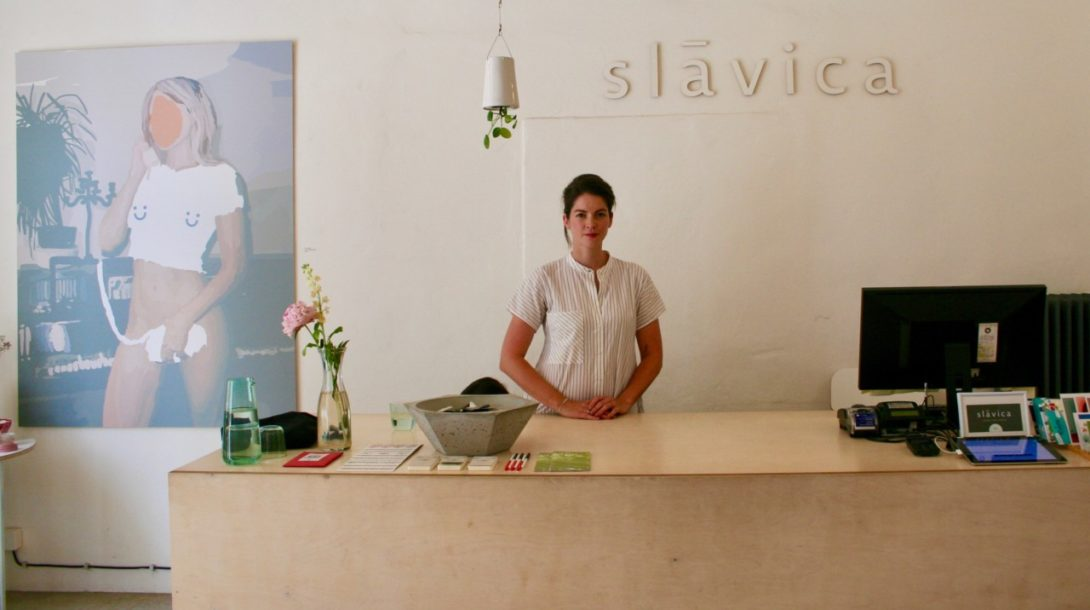 Ivica Jusková v obchode slávica