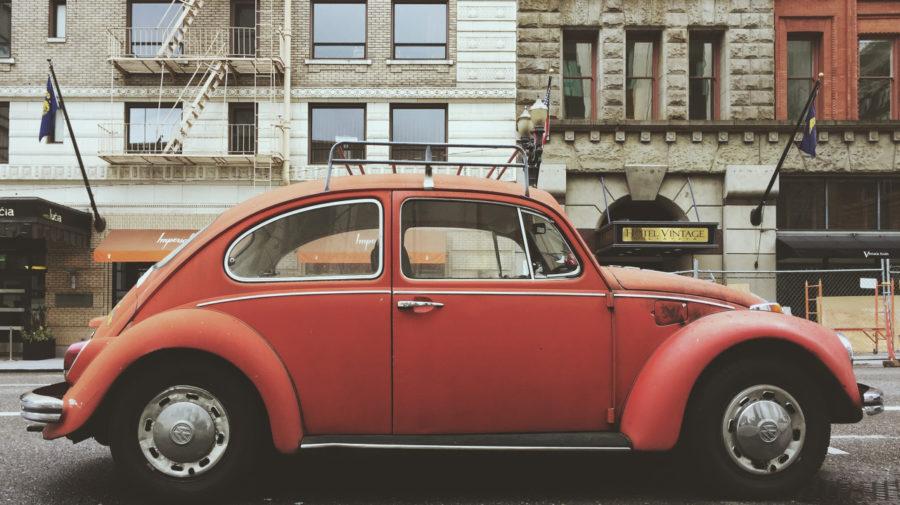 Volkswagen Beetle (pexels.com)