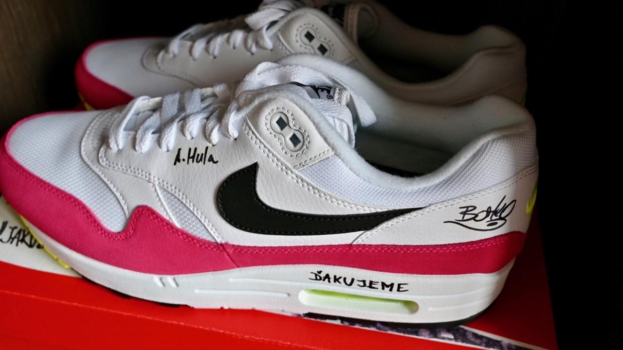 Nike Air Max 1: Startitup