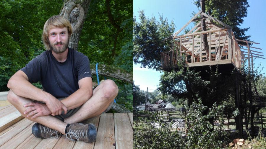 Dom v korune javora (Šimon Abel)
