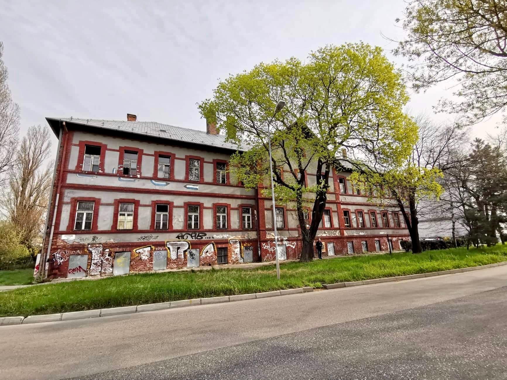 Stavba na Dopravnej ulici/Lucia Štasselová