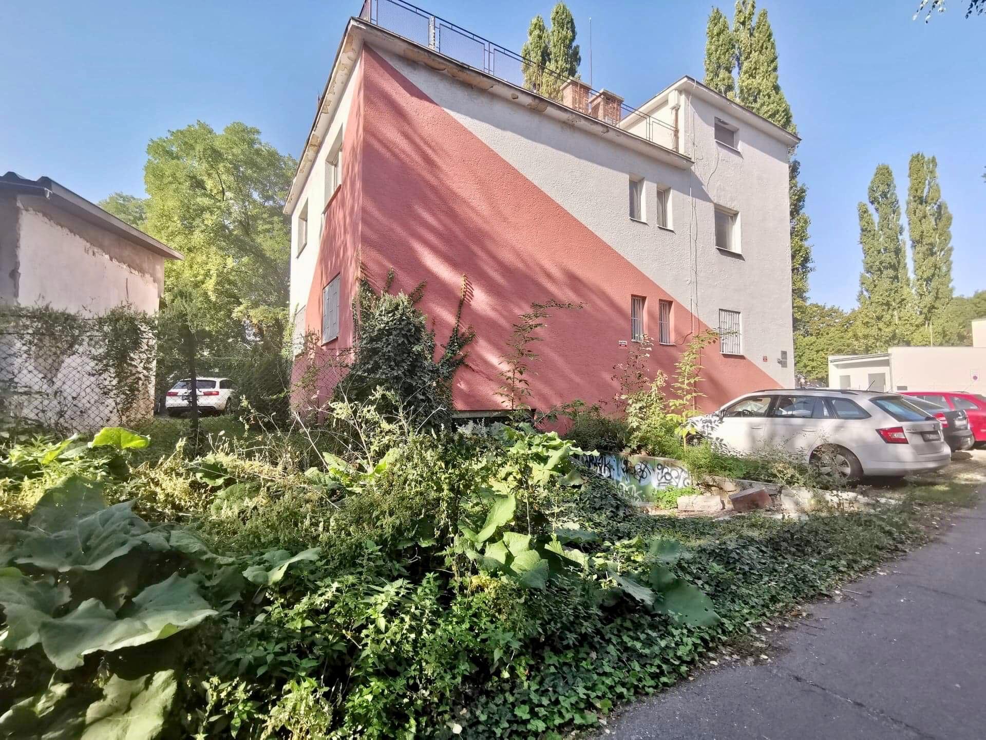 Stavba na Velehradskej ulici/LUcia Štasselová