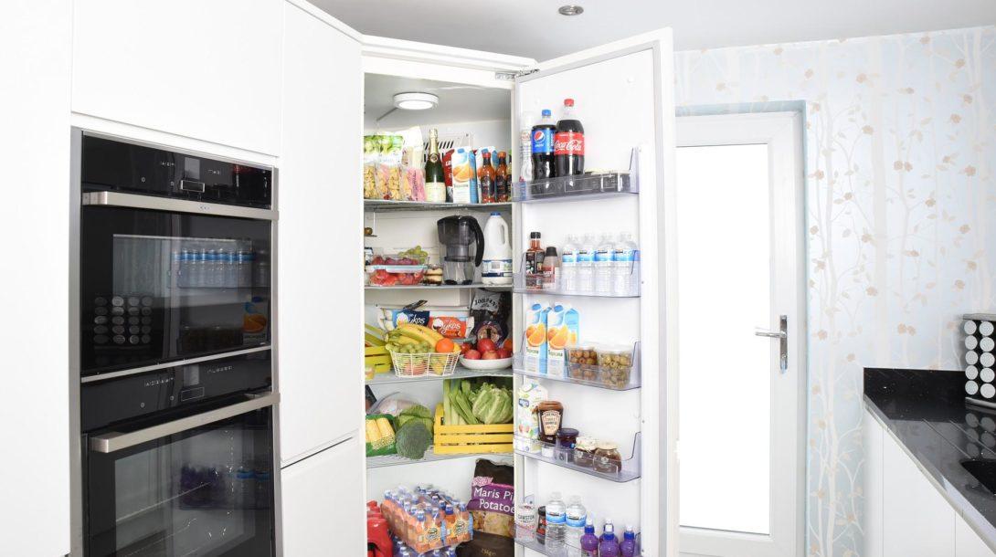 fridge-3475996_1920