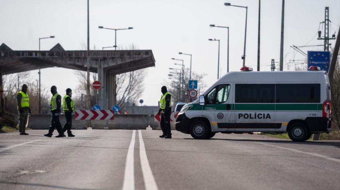 hranice policajti