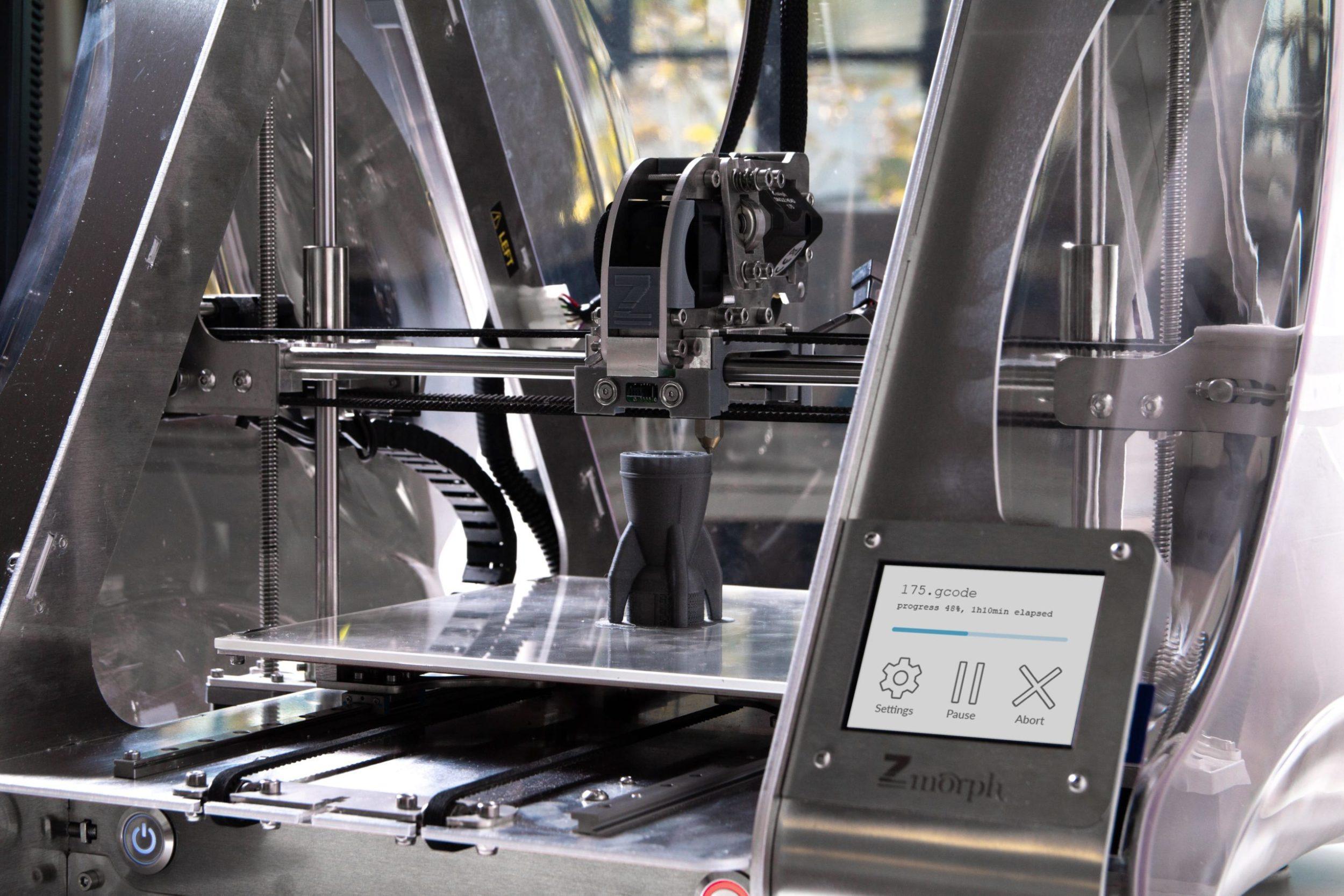 zmorph-multitool-3d-printer-UqCCSbAIaDU-unsplash-min