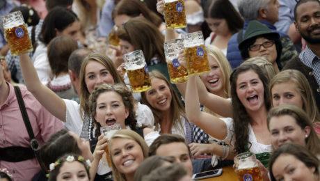 pivo, krčma, oktoberfest