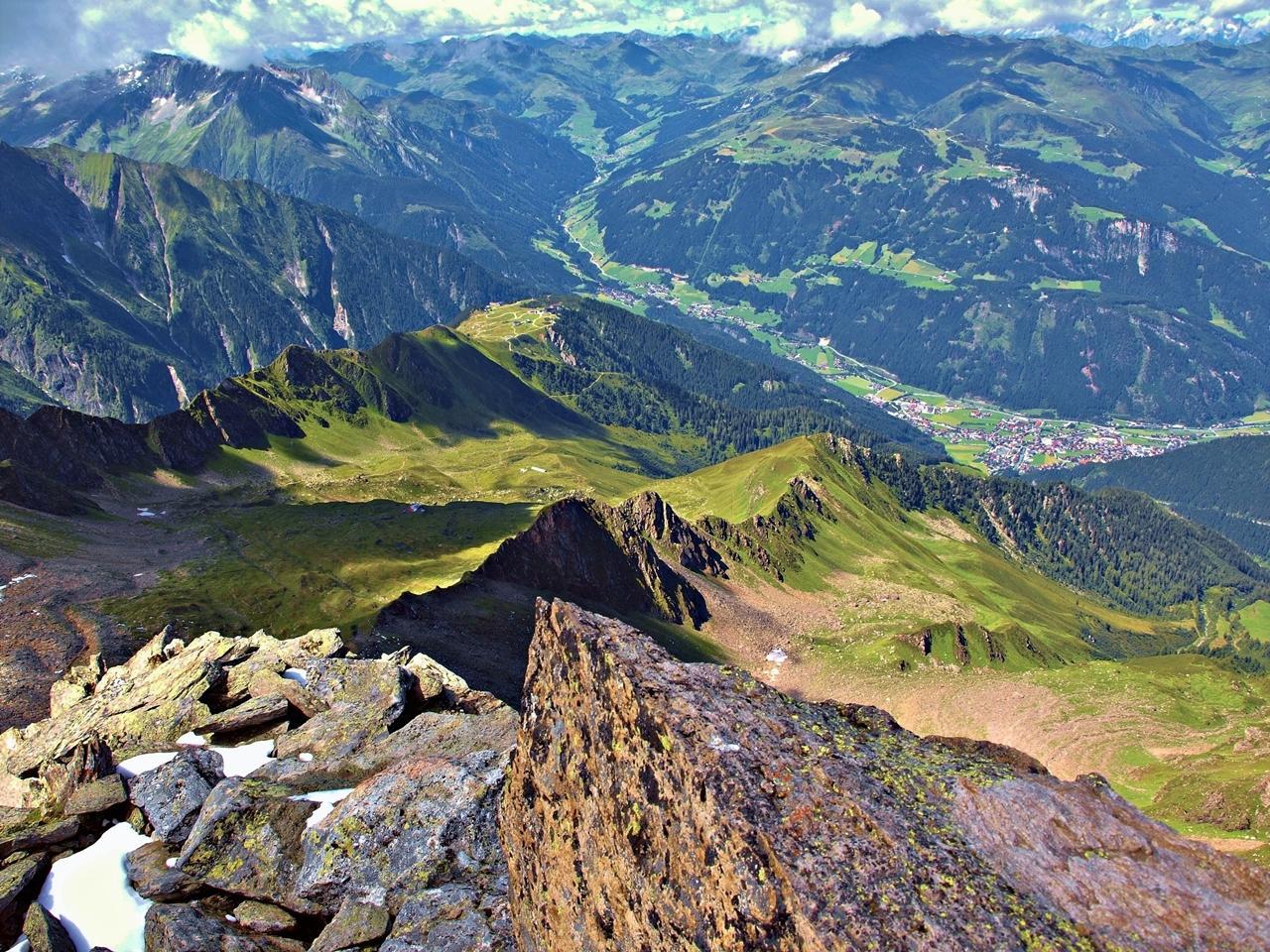 Dolina Zillertal z alpských vrcholov František Kekely