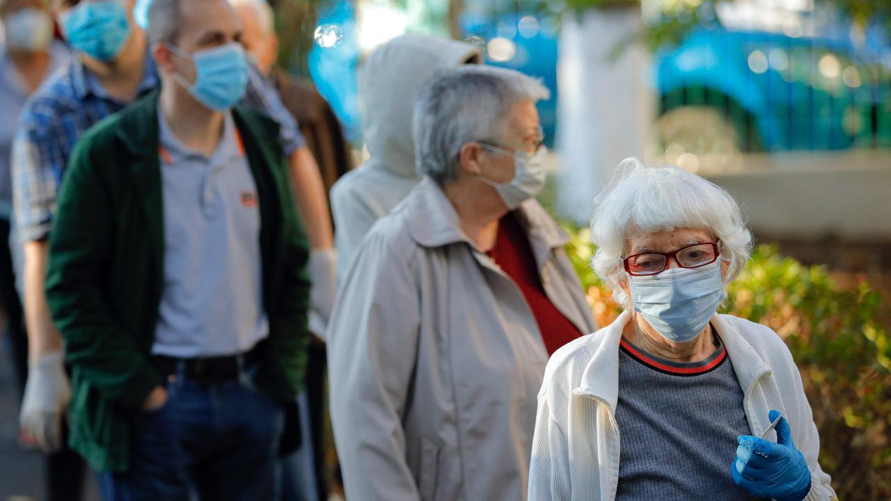 dochodcovia, pandemia, ruska, spolocnost