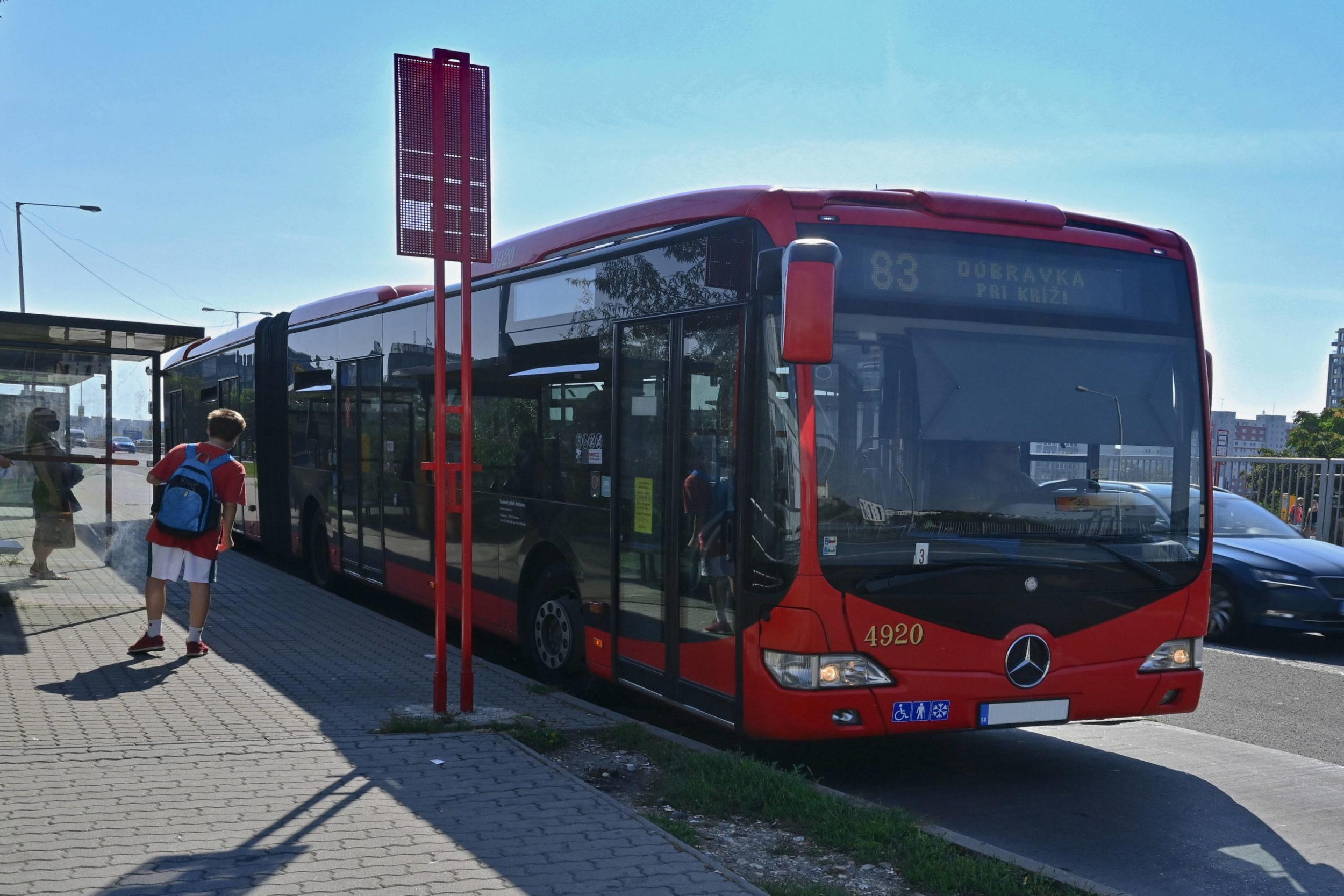 MHD DPB autobus
