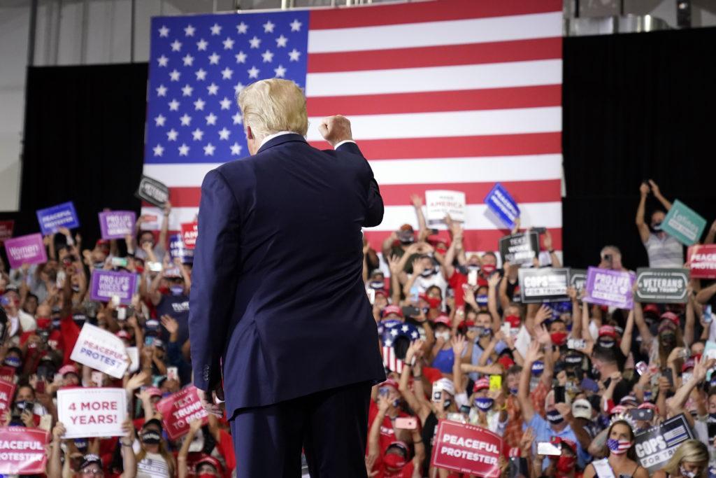Donald Trump na predvolebnom zhromaždení