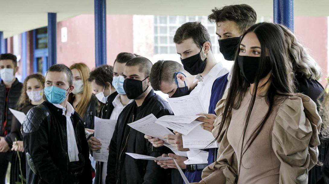 študenti škola