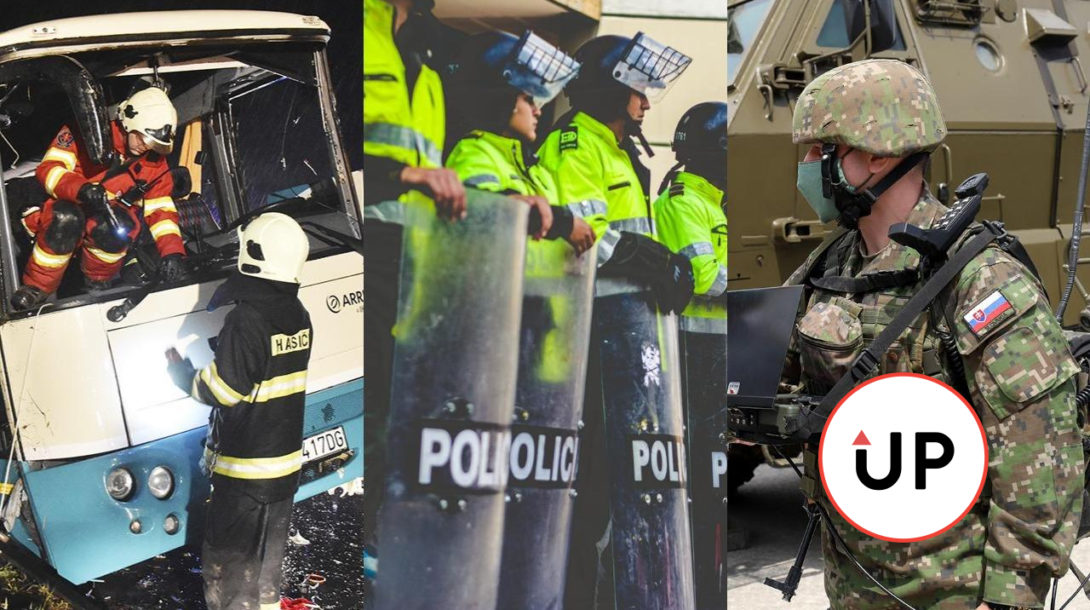 policajt vojak autobus