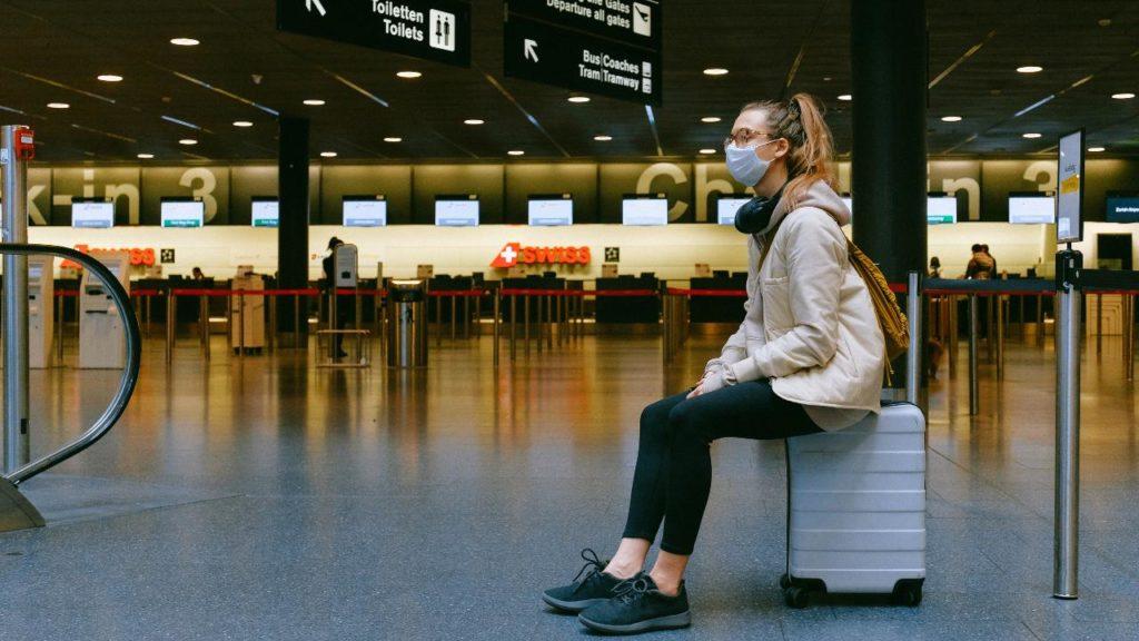 covid cestovanie letisko reštrikcie lietanie dovolenka