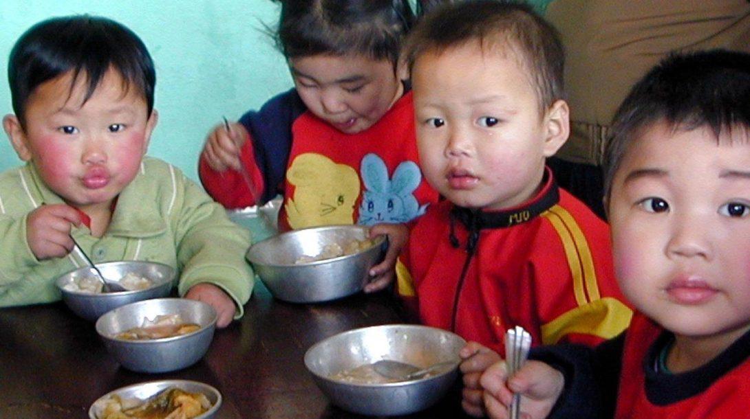 severná kórea, jedlo, deti, chudoba