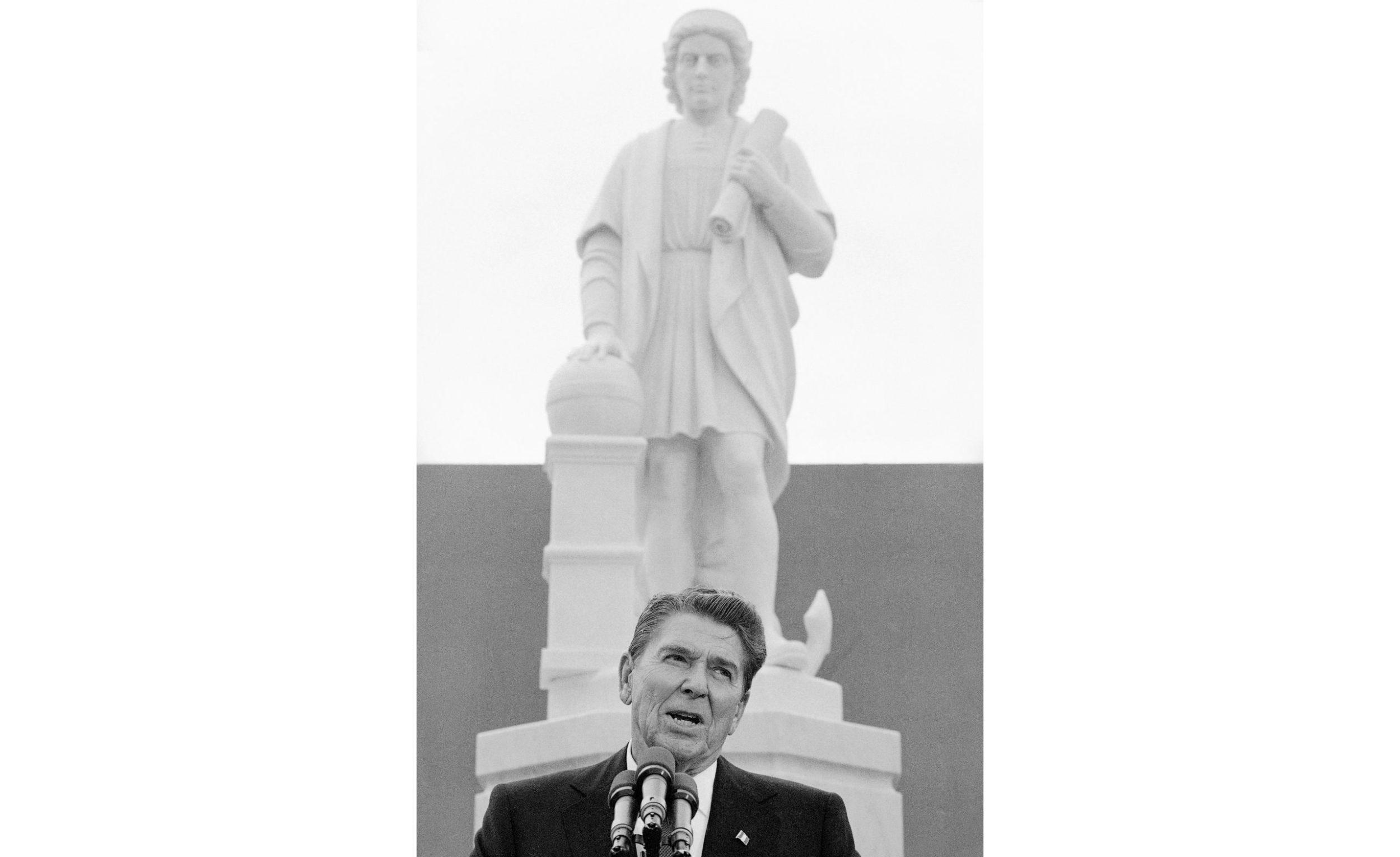 Racial_Injustice-Columbus_Statue843559712632