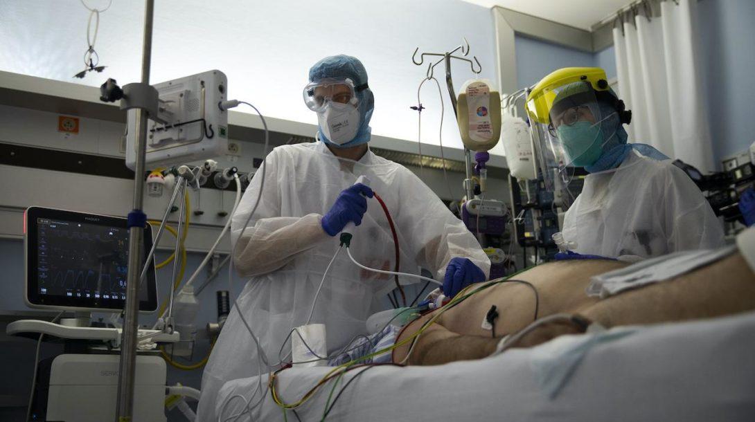 nemocnica, lekári, JIS