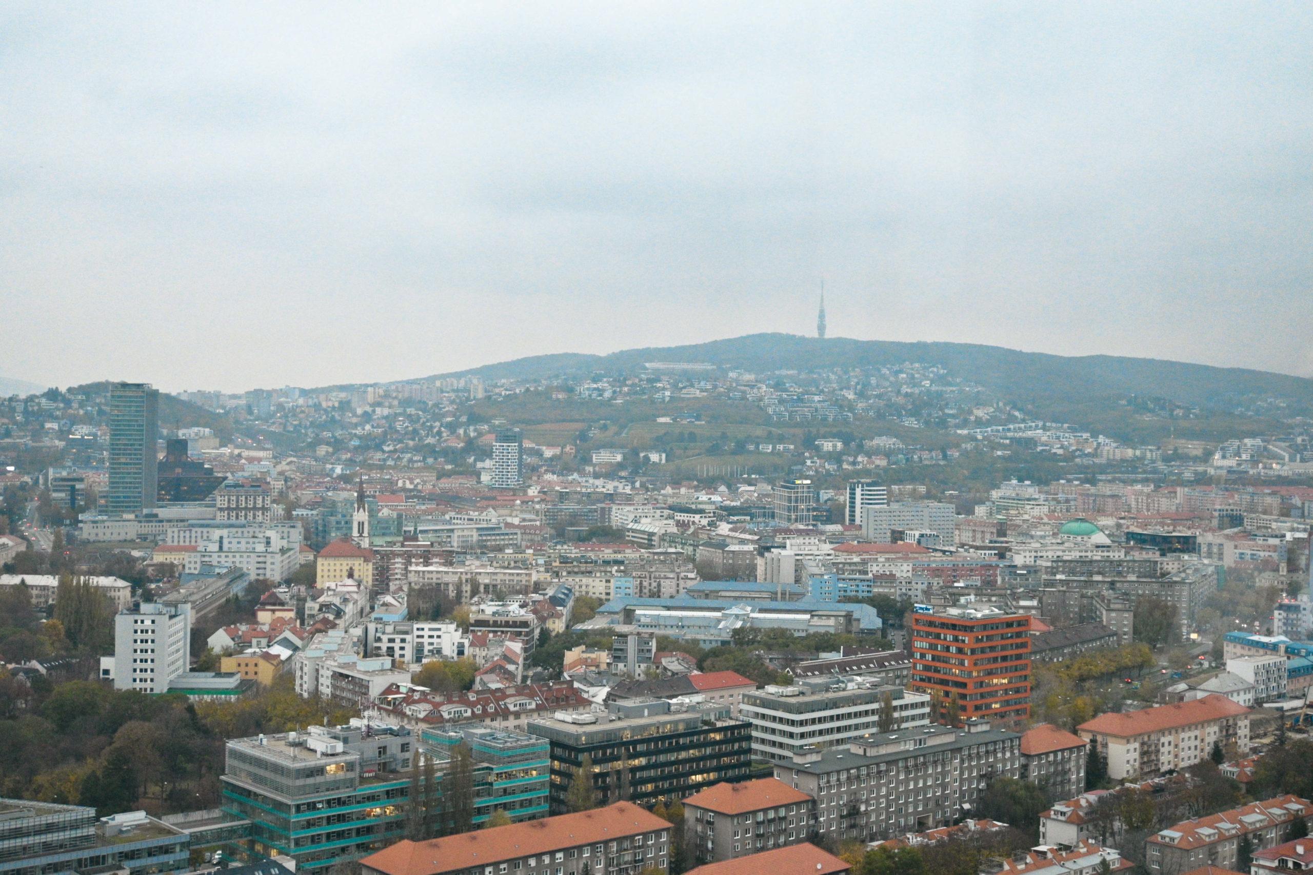 byty domy reality Bratislava Kamzík veža Slovensko