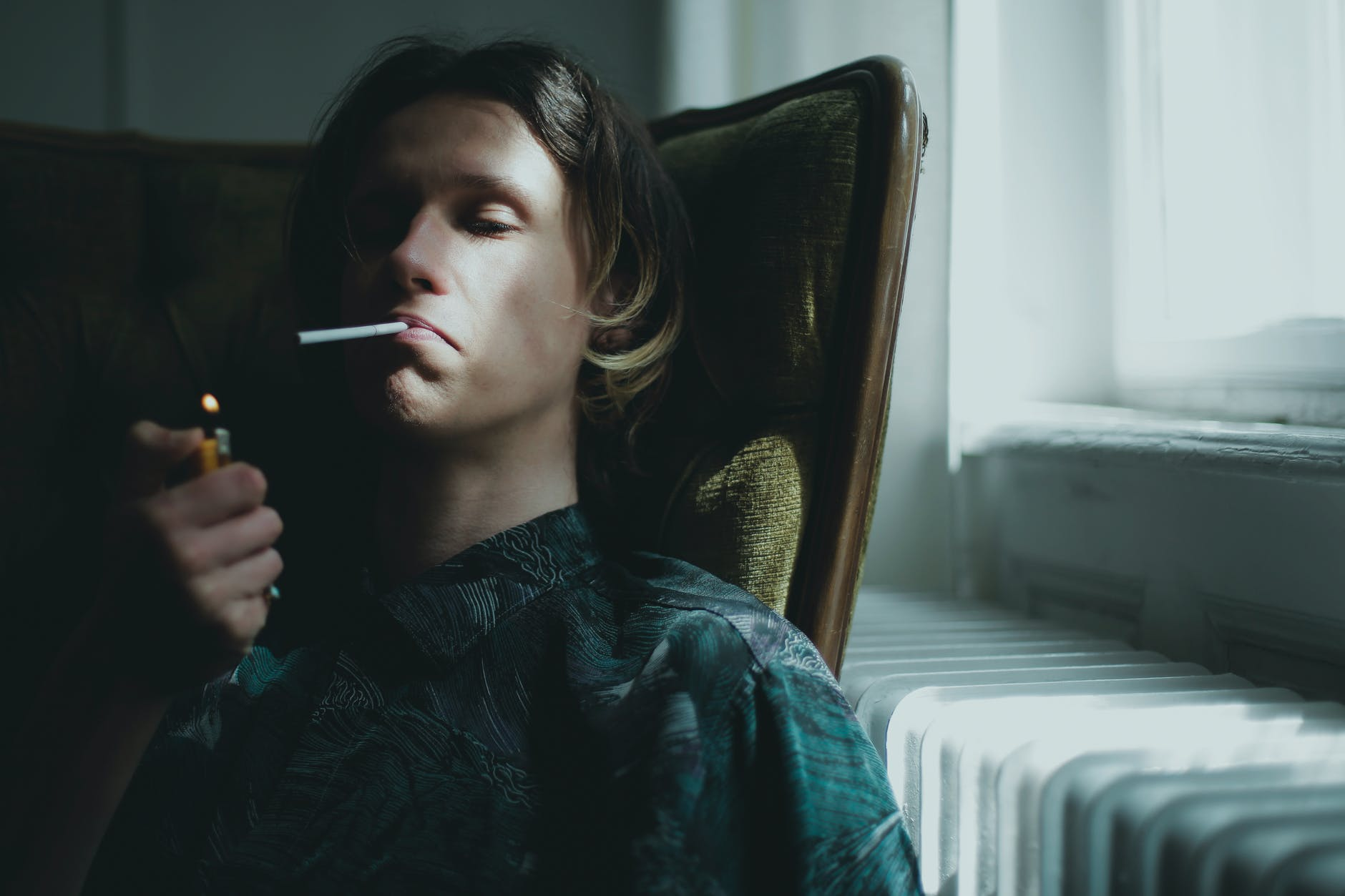 muz, depresia, cigareta
