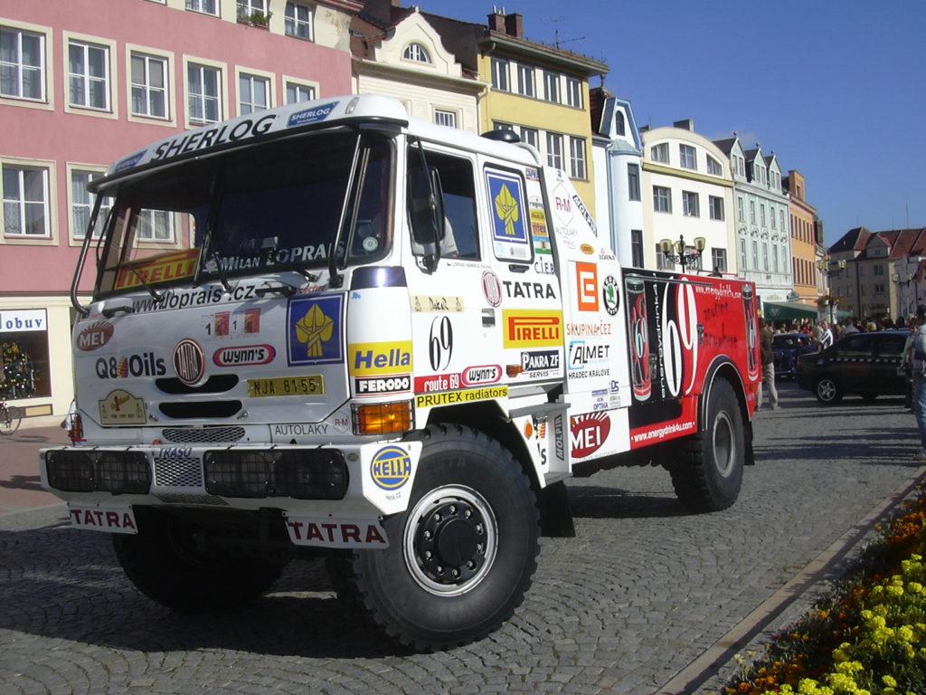 Lopraisova Tatra 815
