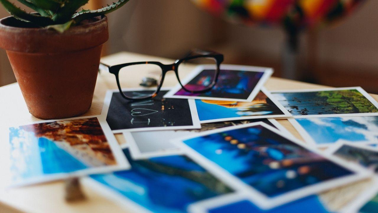 pohľadnice, okuliare