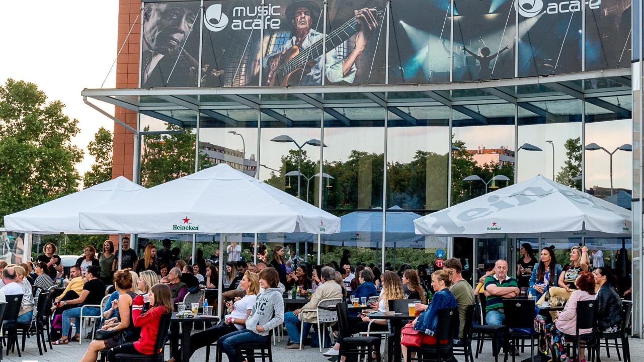 covid cafe klub music hudba
