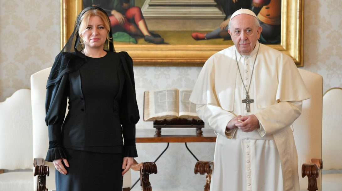 čaputová františek papez