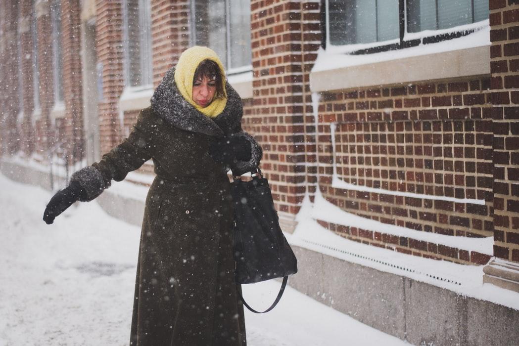 zena, sneh, zima