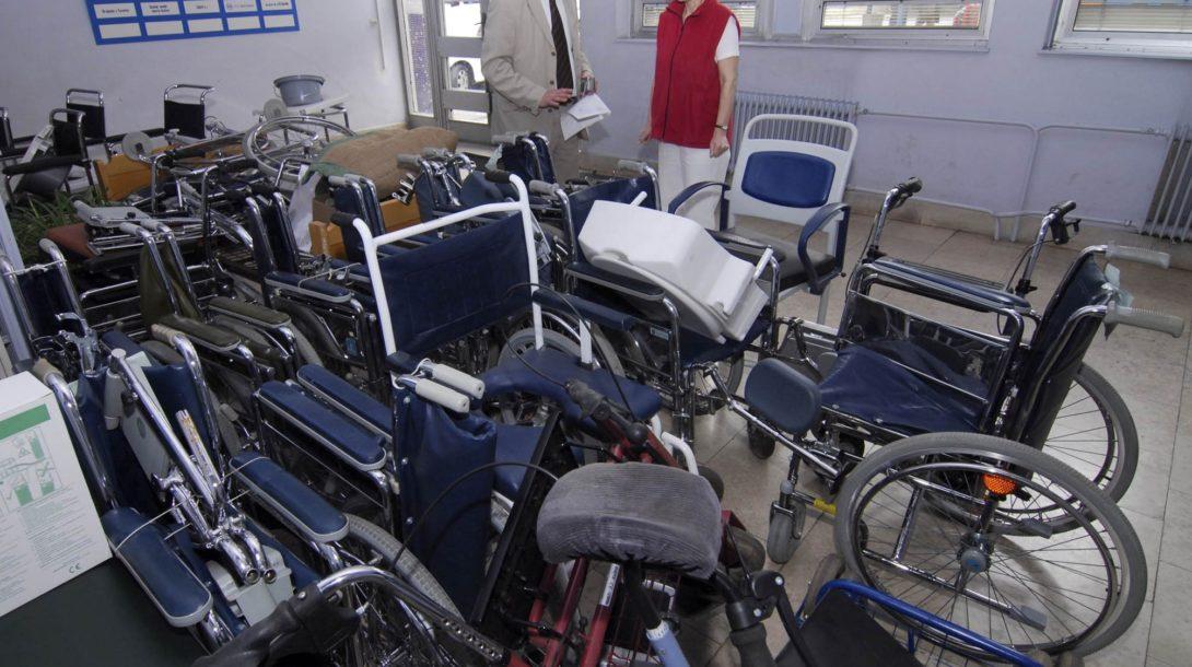10-4-07-dar-nemocniciKE-2