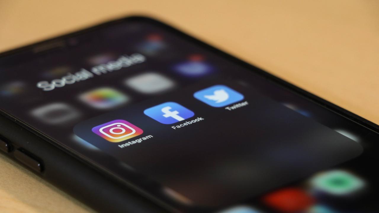 sociálne siete média instagram facebook