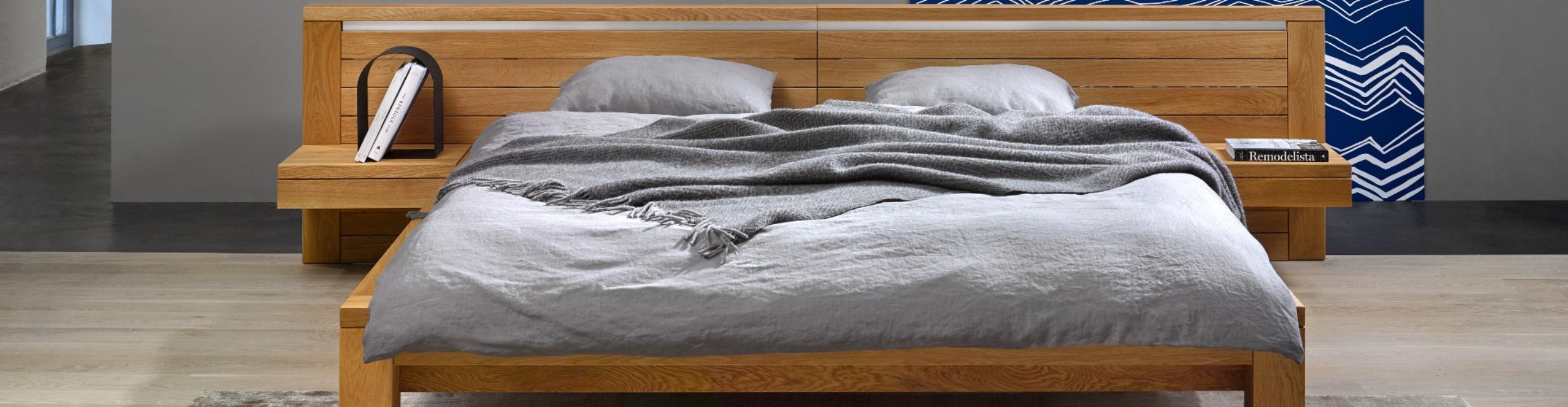 Javorina posteľ