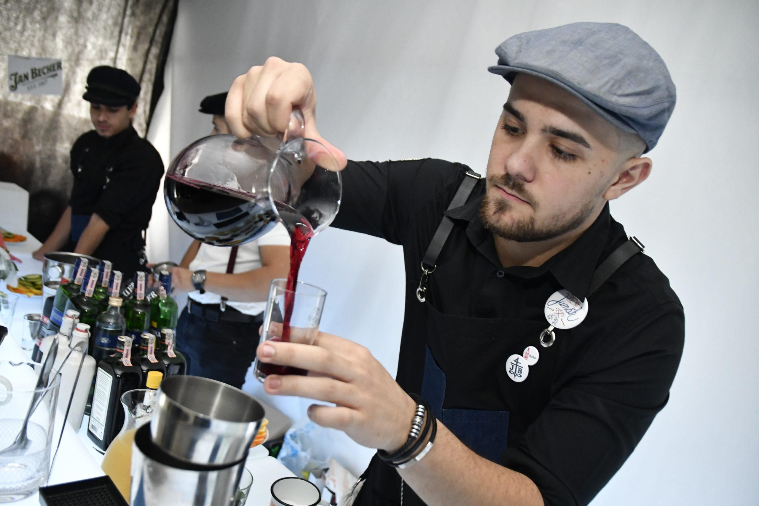 Barman, Gastro