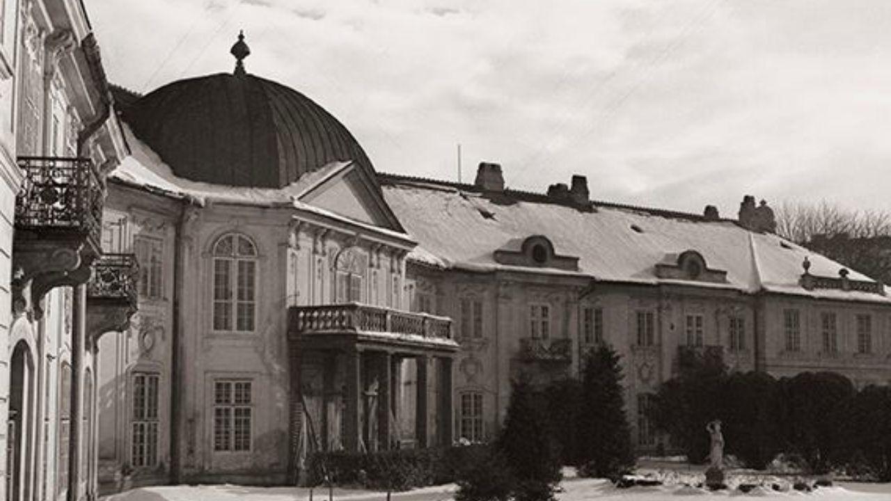 Asproremotov palác v Medickej záhrade