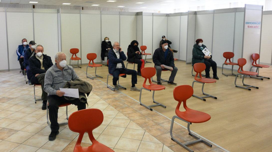 očkovanie čakáreň seniori