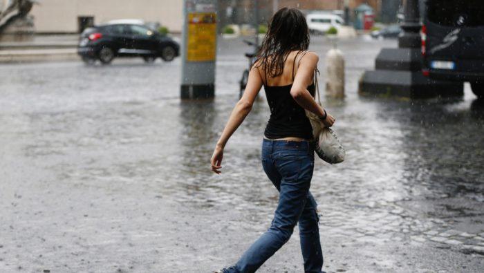 búrky Slovensko počasie