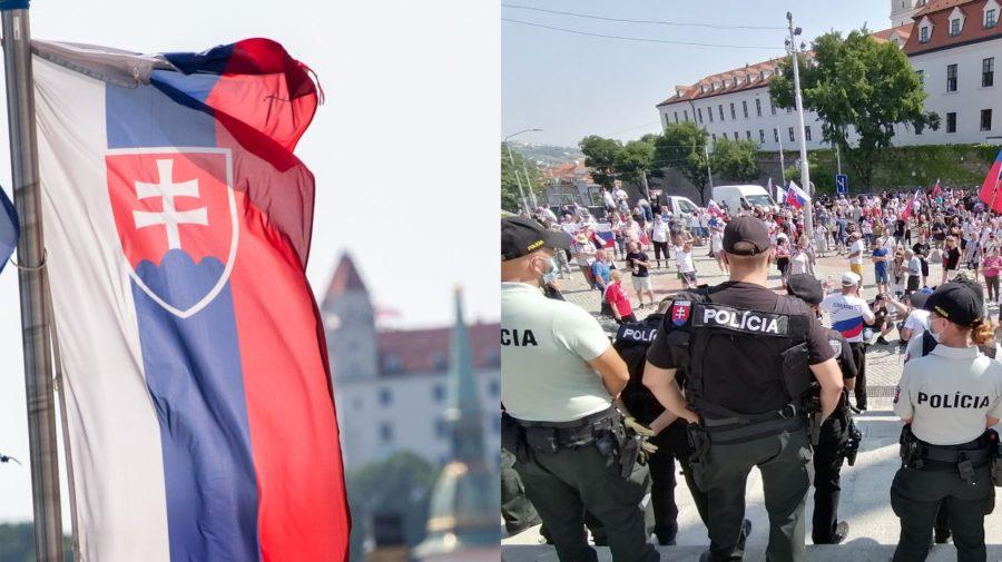 vlajka slovensko manifestácia