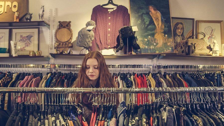 nakupovanie sekáč secondhand oblečenie