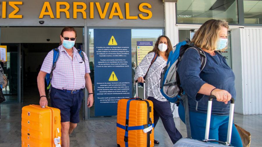 pandemia, koronavirus, dovolenka